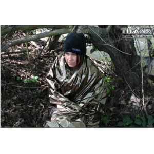 TITAN Survival Two Sided Emergency Mylar Survival Blanket Designed for NASA Space Exploration and Heat Retention двусторонние теплосберегающие одеяло (2)